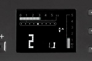 Machine à coudre et à quilter BERNINA 380 - Ecran LCD