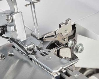 Point de surjet précis et flexible - Surjeteuse Bernette Funlock b44