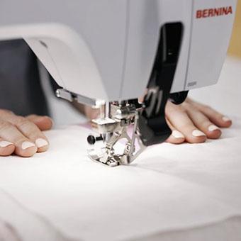 Machine à coudre et à broder Bernina 570 QE - Pour réaliser un quilt sans difficultés, dans toutes les matières