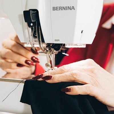 Coudre la mousseline ou du cuir professionelle - Bernina 590 Crystal Edition
