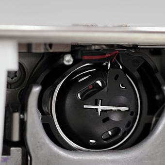 "Machine à coudre et à Broder Bernina 770QE - Ecran tactile 4,3"""