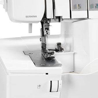 Surjeteuse Bernina L 450 - Rapide et flexible