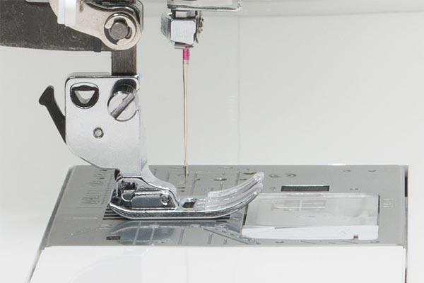 Système d'alimentation intelligent de la Janome Continental M7 Professional