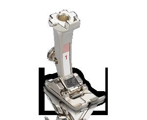 Machine à coudre et à broder BERNINA 540 - RPied pour points en marche arrière 1