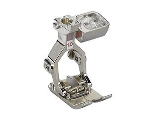 Machine à coudre et à broder 570 QE - Pied pour points en marche arrière 1D