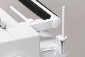 Machine à coudre et à broder BERNINA 580 - Supports de bobine