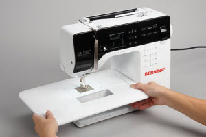 Machine à coudre et à quilter BERNINA 380 - Table d'extension